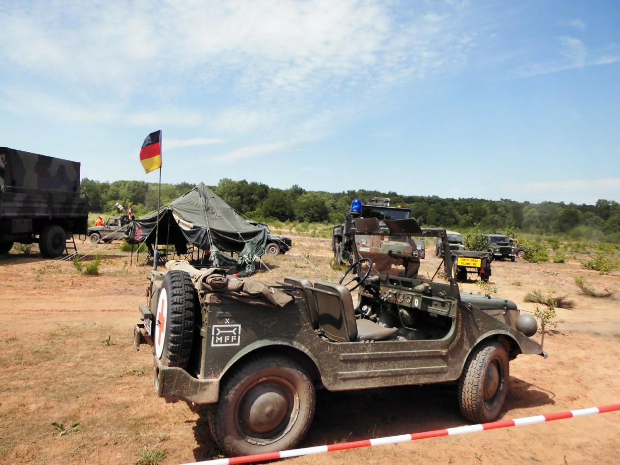 Historische Militärfahrzeuge